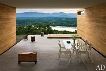 modern-outdoor-space-joel-sanders-architect-hudson-river-valley-new-york-201105_1000-watermarked